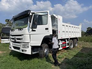 Over 20 Tokunbo and Brand New Howo Trucks for Sale!   Trucks & Trailers for sale in Lagos State, Lekki