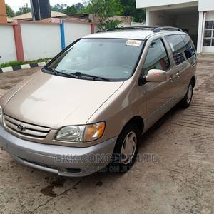 Toyota Sienna 2002 LE Gold | Cars for sale in Ekiti State, Ado Ekiti