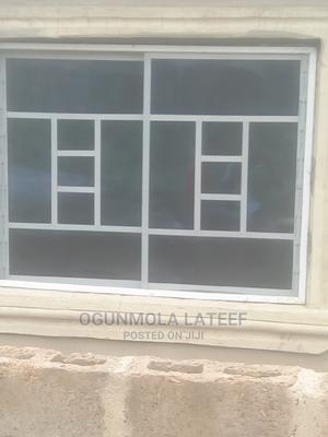 Good Aluminum Sliding Window With Net | Windows for sale in Oyo State, Ibadan