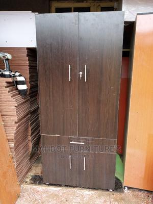 32inches by 6fit Wardrobe   Furniture for sale in Lagos State, Surulere