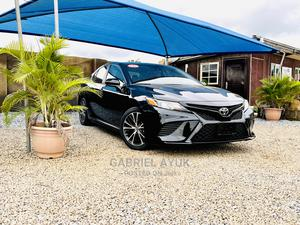 Toyota Camry 2018 SE FWD (2.5L 4cyl 8AM) Black | Cars for sale in Abuja (FCT) State, Jahi