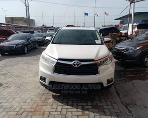 Toyota Highlander 2015 White   Cars for sale in Lagos State, Amuwo-Odofin