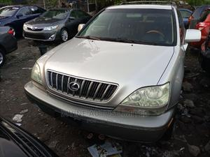 Lexus RX 2002 300 4WD Silver | Cars for sale in Lagos State, Apapa