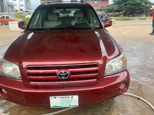 Toyota Highlander 2005 4x4 Red | Cars for sale in Lagos State, Surulere