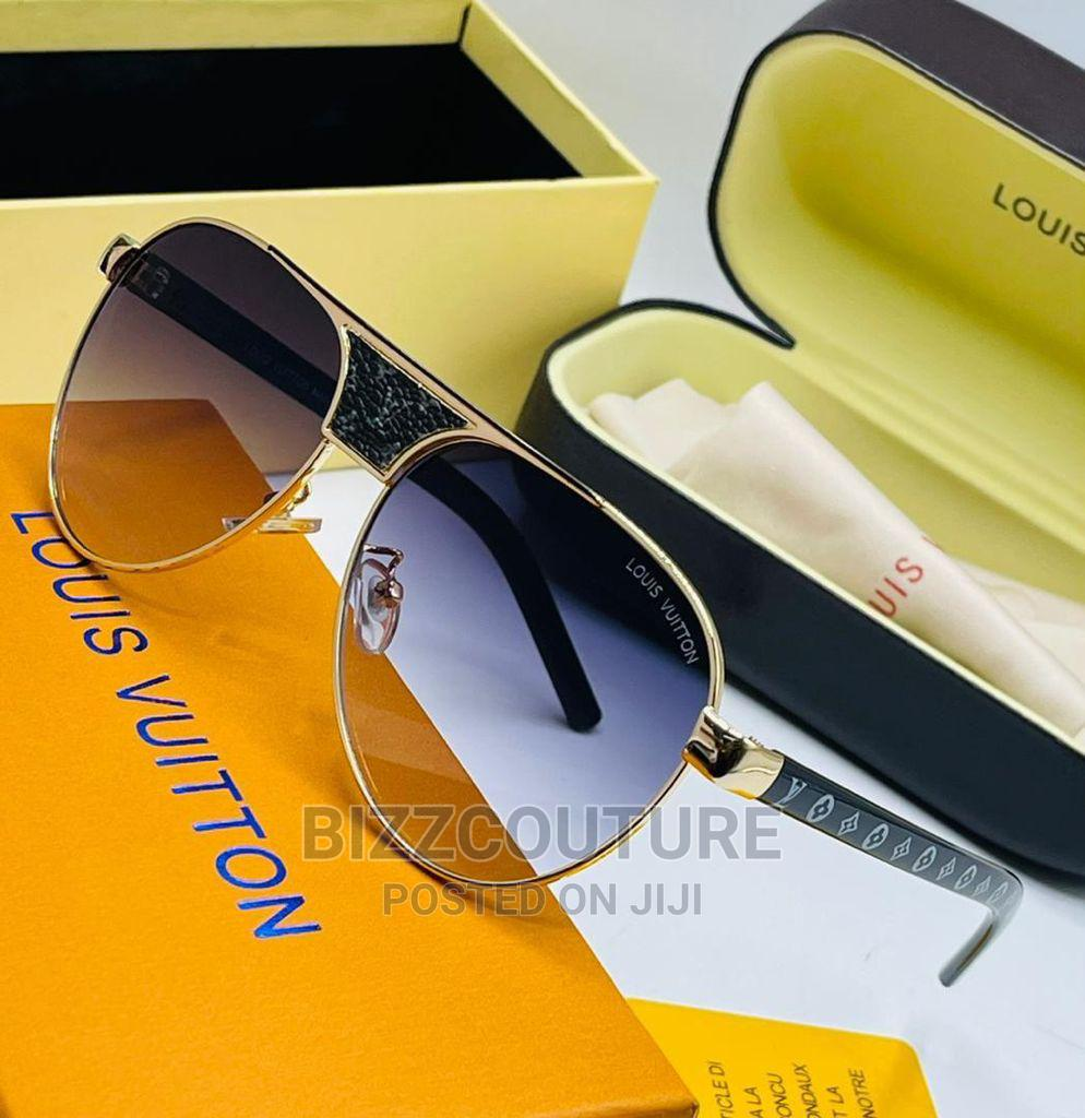 High Quality LOUIS VUITTON Sunglasses Availaable for Sale