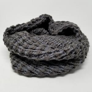 Tahari Infinity Scarf Chunky Knit Gray Open Weave | Clothing Accessories for sale in Lagos State, Ikeja