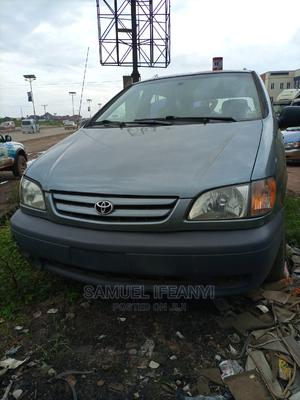 Toyota Sienna 2002 CE Blue   Cars for sale in Imo State, Owerri