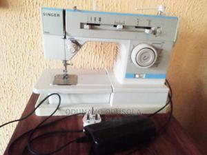 Uk Used Singer Electric Sewing Machine   Home Appliances for sale in Oyo State, Ibadan