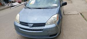 Toyota Sienna 2004 CE FWD (3.3L V6 5A) Blue | Cars for sale in Lagos State, Surulere