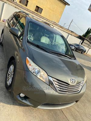 Toyota Sienna 2011 XLE 7 Passenger Green | Cars for sale in Lagos State, Alimosho