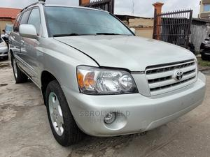 Toyota Highlander 2006 Silver | Cars for sale in Lagos State, Surulere