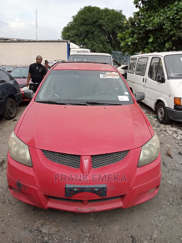 Pontiac Vibe 2005 1.8 AWD Red