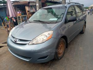 Toyota Sienna 2006 LE AWD Blue | Cars for sale in Lagos State, Ejigbo