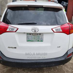 Toyota RAV4 2014 LE 4dr SUV (2.5L 4cyl 6A) Off white | Cars for sale in Rivers State, Port-Harcourt