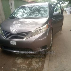 Toyota Sienna 2011 LE 8 Passenger Gray | Cars for sale in Abuja (FCT) State, Wuse
