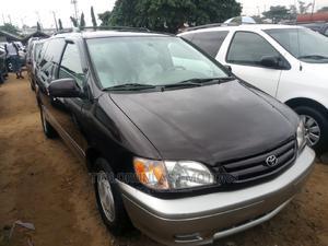 Toyota Sienna 2002 XLE Brown | Cars for sale in Lagos State, Apapa