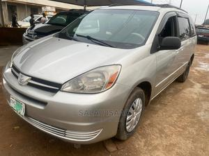 Toyota Sienna 2004 Silver   Cars for sale in Lagos State, Abule Egba