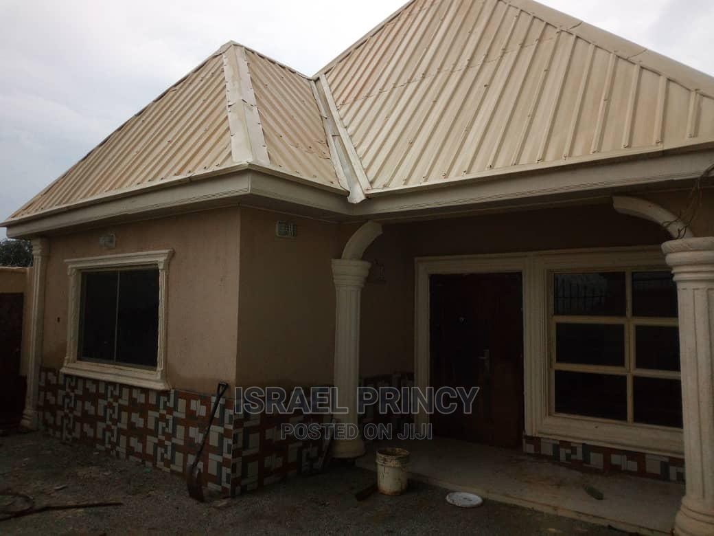 Furnished 3bdrm Bungalow in Lere for Sale