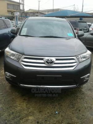 Toyota Highlander 2013 3.5L 2WD Gray | Cars for sale in Lagos State, Ifako-Ijaiye