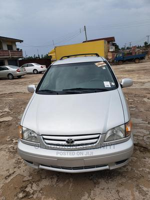 Toyota Sienna 2002 Silver | Cars for sale in Osun State, Osogbo