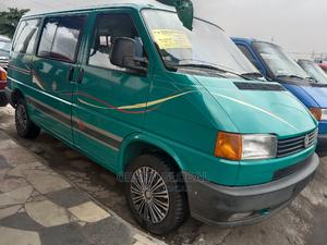 Green Volkswagen Transporter 2000 Model   Buses & Microbuses for sale in Lagos State, Apapa