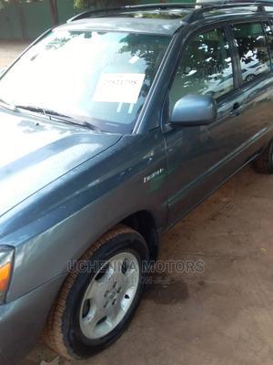 Toyota Highlander 2005 Limited V6 Blue | Cars for sale in Lagos State, Agege
