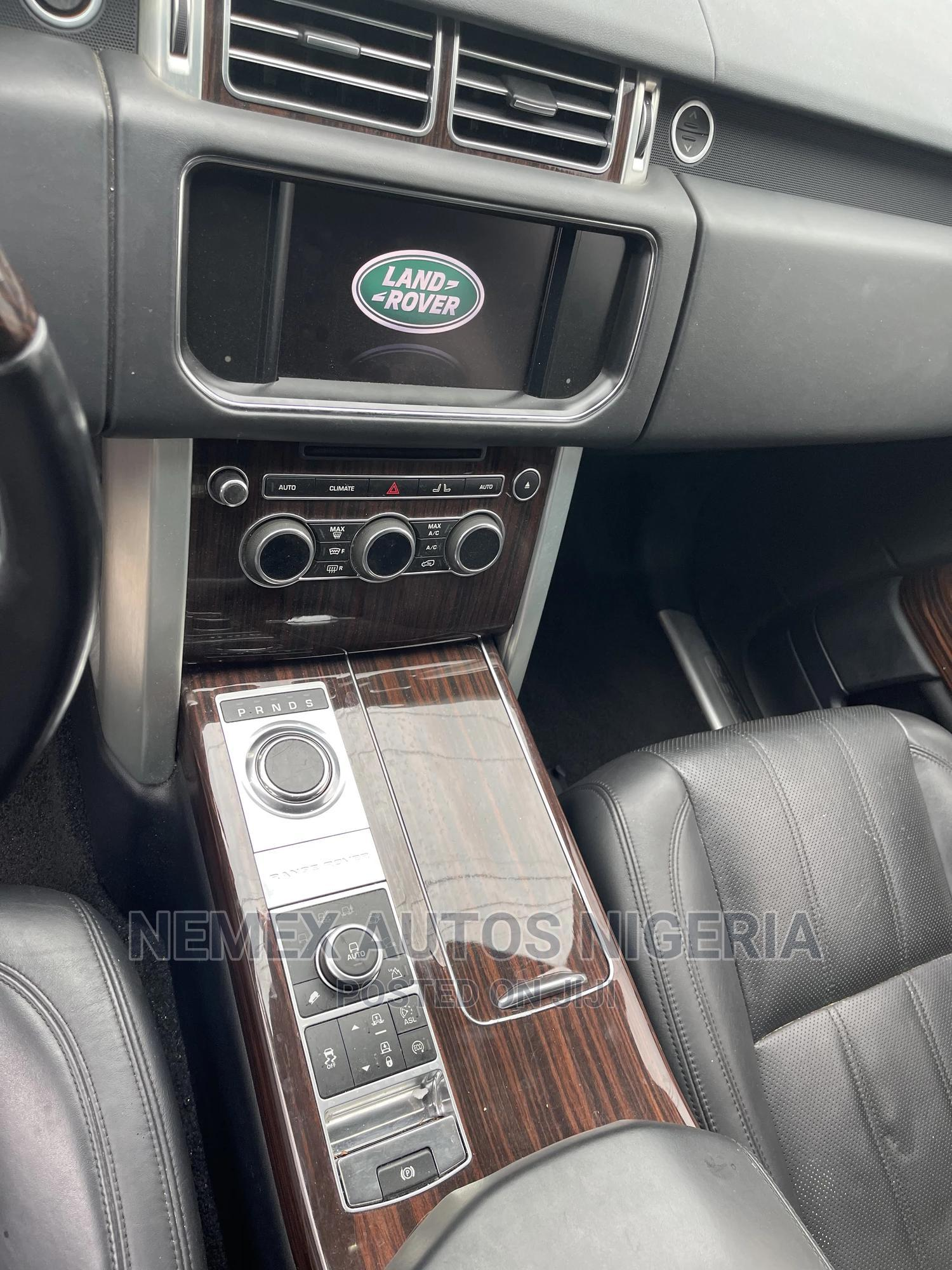 Land Rover Range Rover Vogue 2014 White | Cars for sale in Ajah, Lagos State, Nigeria