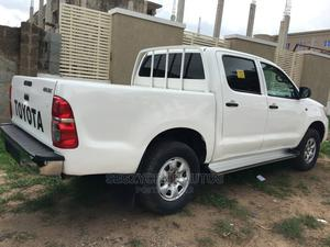 Toyota Hilux 2010 White | Cars for sale in Abuja (FCT) State, Jahi