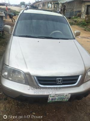 Honda CR-V 2000 2.0 4WD Automatic Gold | Cars for sale in Niger State, Suleja