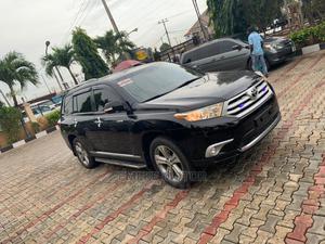 Toyota Highlander 2013 Limited 3.5l 4WD Black | Cars for sale in Lagos State, Alimosho