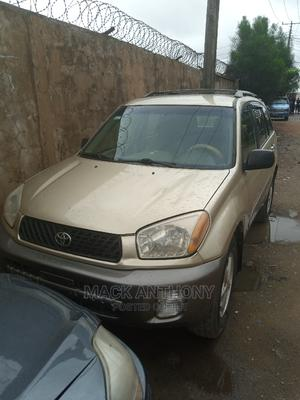 Toyota RAV4 2004 Automatic Gold | Cars for sale in Lagos State, Isolo