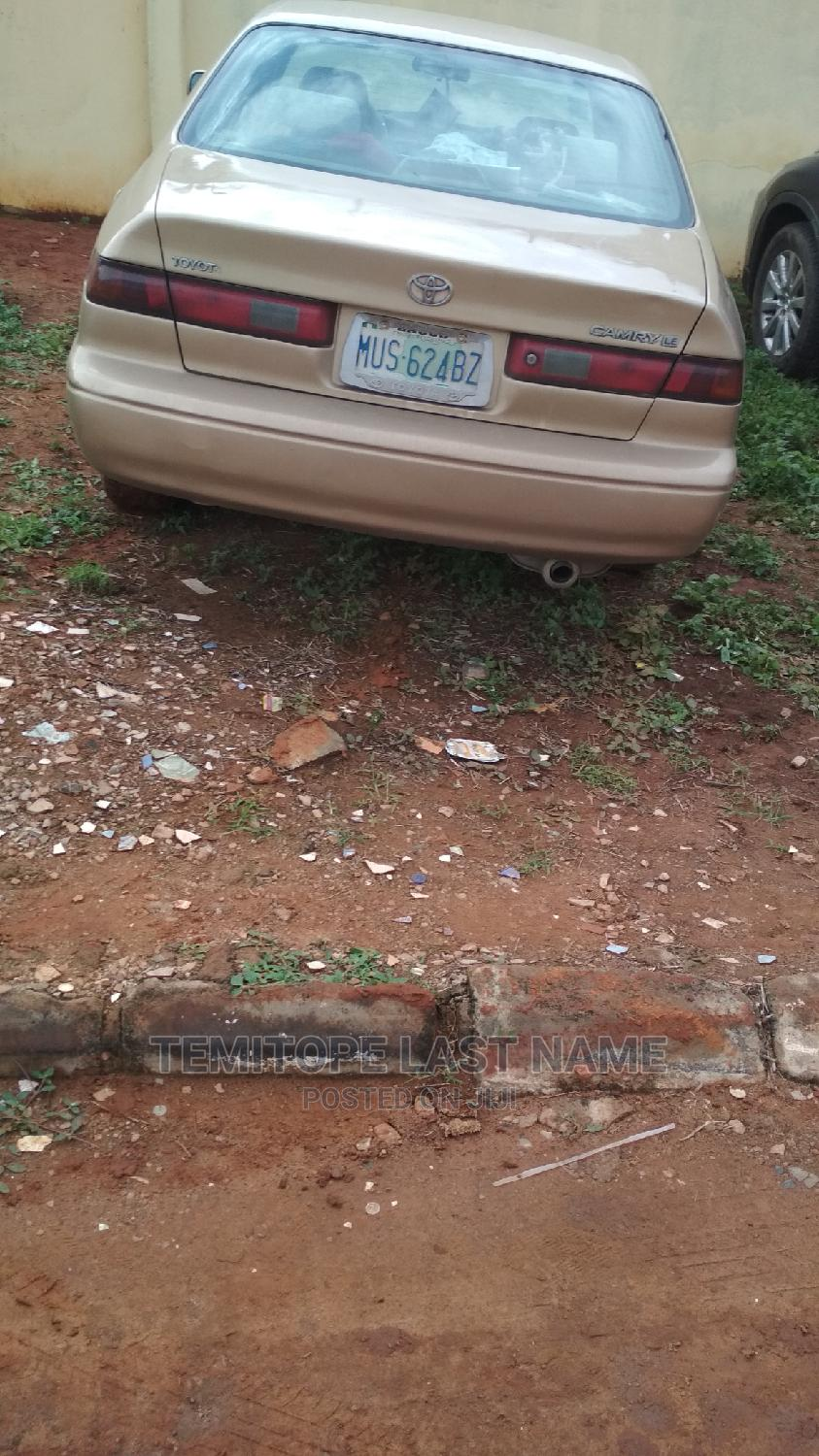 Toyota Camry 1999 Automatic Gold