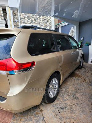 Toyota Sienna 2011 LE 7 Passenger Gold | Cars for sale in Lagos State, Ikeja