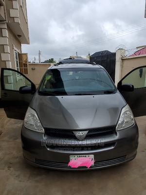 Toyota Sienna 2005 XLE Gray   Cars for sale in Oyo State, Oluyole