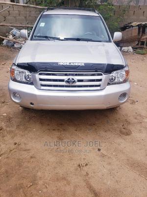 Toyota Highlander 2003 V6 AWD Silver | Cars for sale in Ogun State, Obafemi-Owode