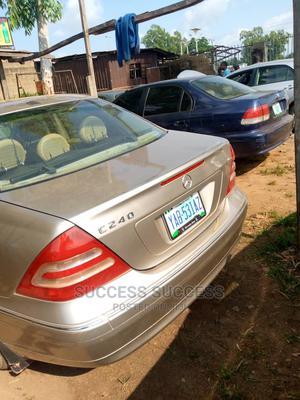 Mercedes-Benz C240 2003 Gold | Cars for sale in Edo State, Auchi