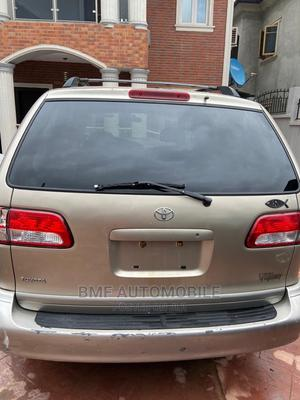Toyota Sienna 2003 Gold | Cars for sale in Lagos State, Agege