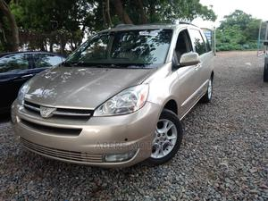 Toyota Sienna 2005 XLE Limited AWD Gold   Cars for sale in Osun State, Osogbo