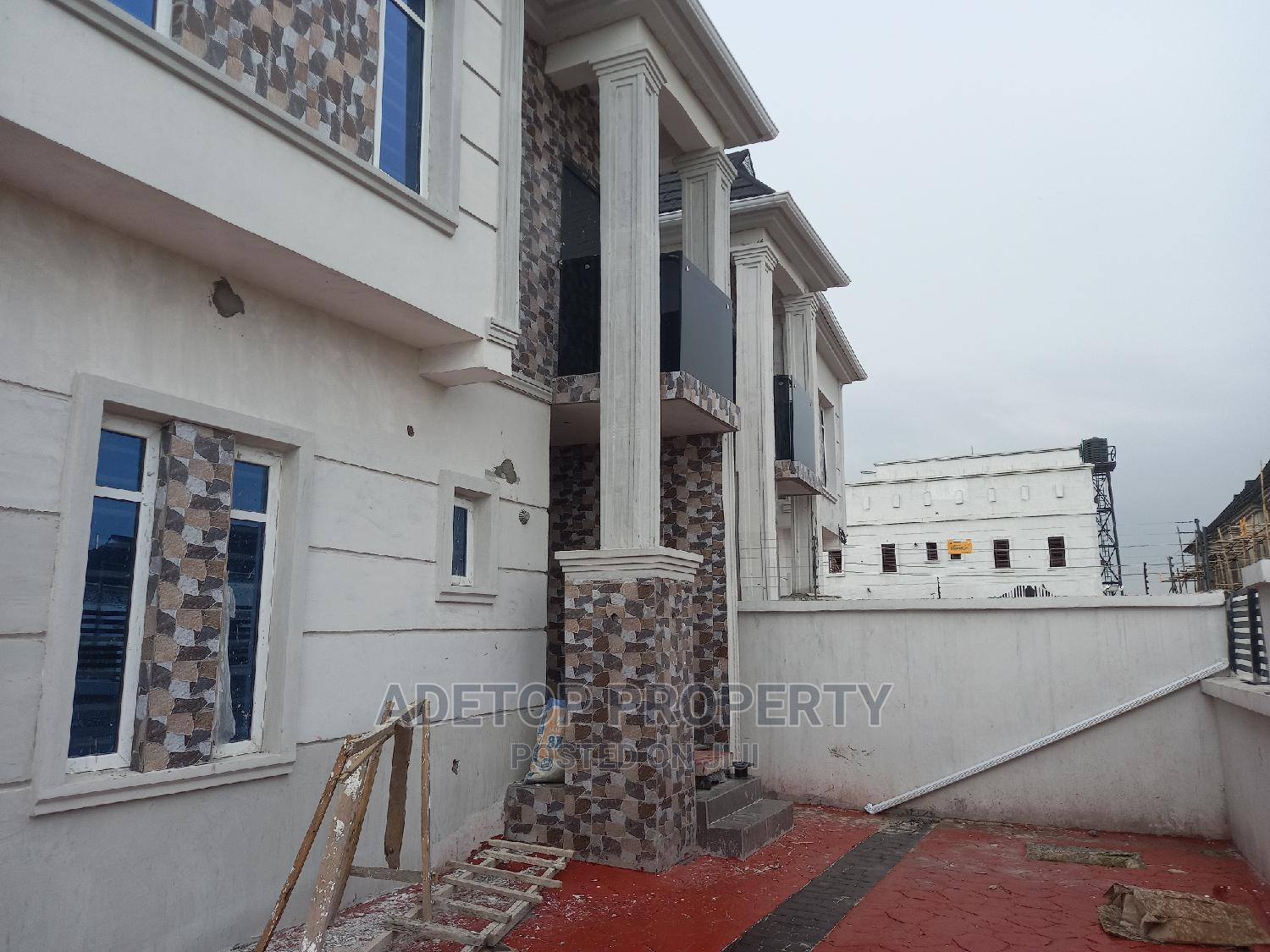 Furnished 4bdrm Duplex in Valley View Estate for Sale