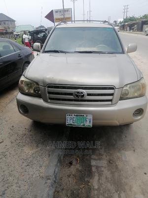 Toyota Highlander 2005 V6 Gold | Cars for sale in Lagos State, Ajah