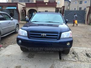 Toyota Highlander 2004 V6 AWD Blue   Cars for sale in Lagos State, Yaba
