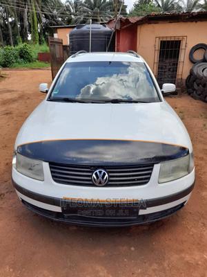Volkswagen Passat 2006 2.0 White | Cars for sale in Anambra State, Idemili