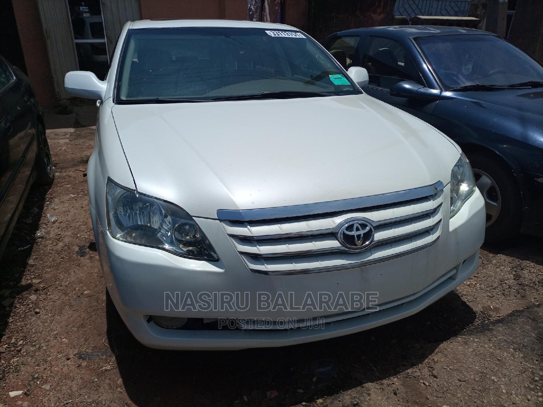 Toyota Avalon 2006 Limited White | Cars for sale in Kaduna / Kaduna State, Kaduna State, Nigeria