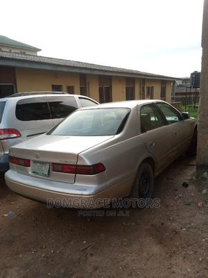 Toyota Camry 1999 Automatic Gold | Cars for sale in Lagos State, Maryland