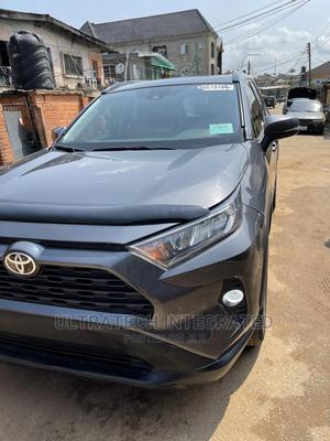 Toyota RAV4 2019 XLE Premium FWD Gray   Cars for sale in Lagos State, Isolo