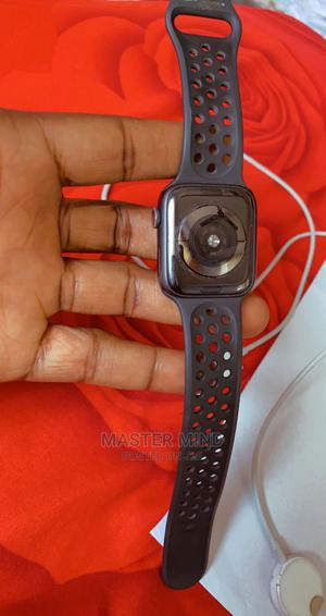 Apple Nike Wrist Watch Series 5. 44mm   Smart Watches & Trackers for sale in Delta State, Warri