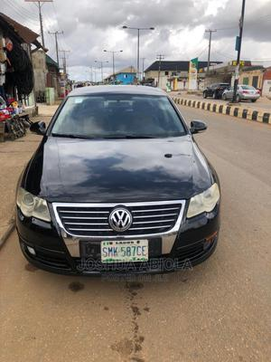 Volkswagen Passat 2006 2.0 FSI Comfortline Black | Cars for sale in Lagos State, Alimosho