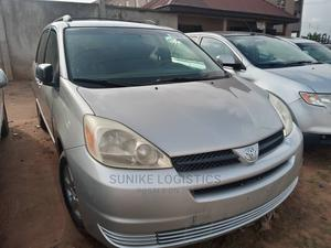 Toyota Sienna 2004 Silver   Cars for sale in Lagos State, Ikotun/Igando