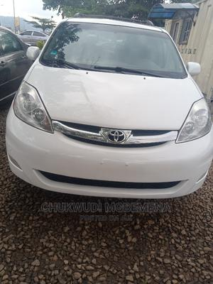 Toyota Sienna 2008 XLE Limited White | Cars for sale in Abuja (FCT) State, Gwarinpa