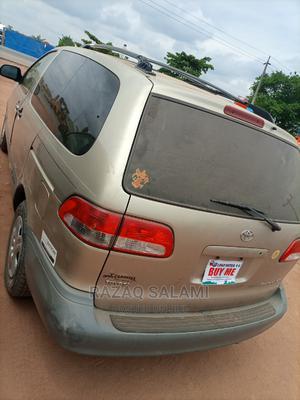 Toyota Sienna 2002 LE Gold | Cars for sale in Ogun State, Ado-Odo/Ota